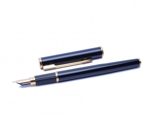 Waterman Executive Black lacquer Fountain Pen France