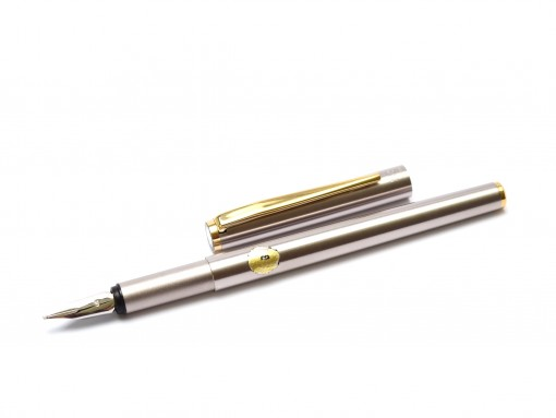 Stunning Indestructible 1980s MONTBLANC Noblesse Oblige Gold & Matte Steel Semi-Flex B Broad 14K White Gold Nib Cartridge\Converter Fountain Pen