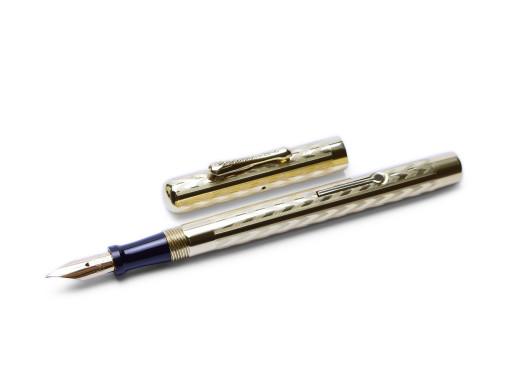 Vintage CONKLIN Toledo Chased Chevron Gold Filled Lever Flex Nib Fountain Pen