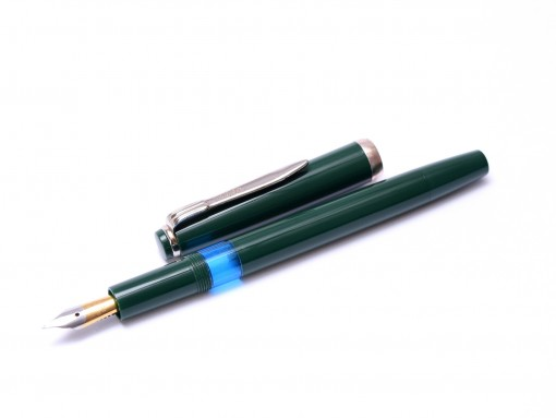 Made in Germany Reform 1745 All Green 70s EF Extra Fine GP Nib Sleek Piston Fountain Pen