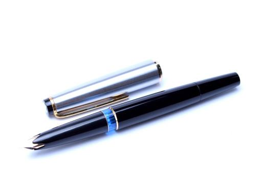 Montblanc 32S fountain pen