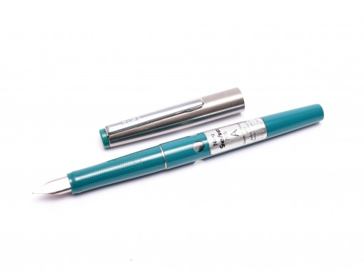 Vintage Geha 705 Turquoise Green & Silver Stainless Steel A NIb Cartridge Fountain Pen