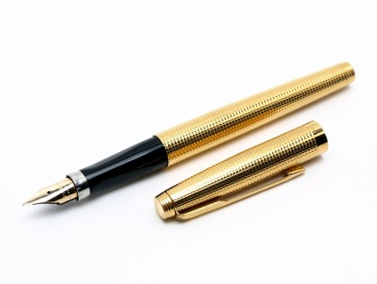 1966 14K Gold Filled PARKER 75 USA Crosshatch Insignia Cisele Fountain Pen 14K Gold EF/XF Nib