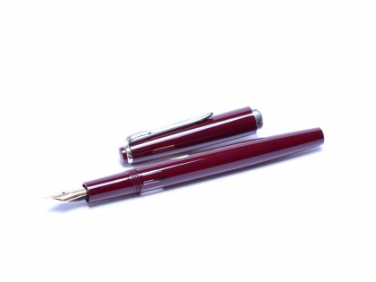 1960s Reform Germany 4328 Round Burgundy Bordeaux Maroon Red & Chrome 14K Gold Super Flex EF to BB Nib Fountain Pen