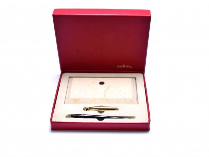 1960s Sheaffer Imperial with Desk Base Marble/Granite Stand 14K Semi-Flex EF Extra Fine Nib Fountain Pen