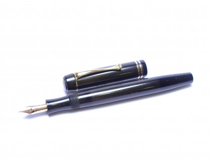 Stunning Hard Rubber 1935 Montblanc SIMPLO 224 Push Knob-Button Filler 14K Gold EF Super Flexible Nib