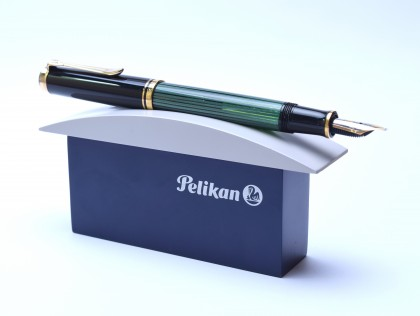 Modern PELIKAN 1 Pen Display Desk Stand Base Dark Blue