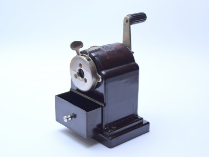 30's Mint Art Deco FTE Germany Bakelite Mechanical Semi-Automatic Pencil Sharpener Model 120