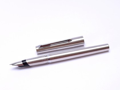 Amazing and Rare 1980 Parker 105 Flighter DeLuxe Matt Radially Brushed Stainless Steel B Broad Nib Fountain Pen