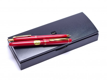 Pilot 78G Red Maroon & Gold Plated M Medium Nib Fountain Pen & 0,4MM Leads Mechanical Pencil Set in Box