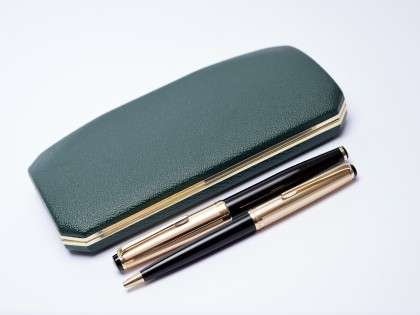Amazing 1960s KAWECO V101 F Flagship Masterpiece Black Resin & Rolled Gold 14K Soft Nib Fountain & Ballpoint Pen in Box