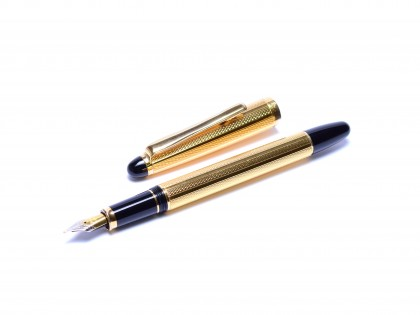 Rare 1980s Modern Reform Gold Plated Barelycorn Guilloce Two Tone Nib Fountain Pen - One of the Last Reform F. Pens
