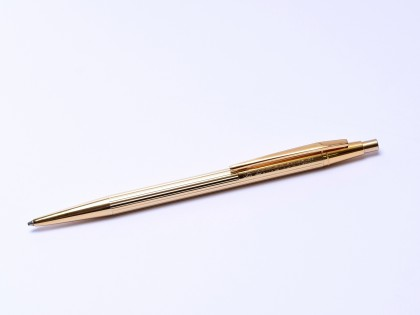 1970s Montblanc Noblesse Oblique Slimline Gold Plated GODRON Finish Push Button/Knob 0.5mm Mechanical Pencil