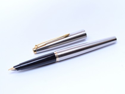 1970's Second Generation PARKER 45 UK Brushed Steel & Gold F 14K Nib Fountain Pen