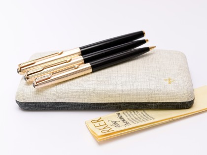 NOS Rare 1969 MKIII Made in England PARKER 61 Custom Aerometric Gold Filled & Black Resin 14K M Nib Fountain Ballpoint Pencil Pen Set In Box