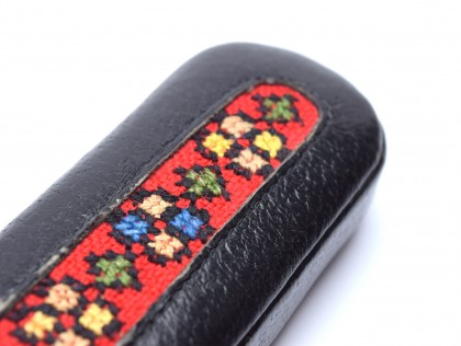 Vintage Lady High Quality Genuine Black Leather Embroidery Pouch Case for 2 Fountain / Ballpoint Pens