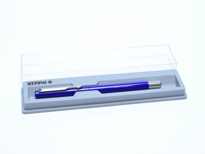 The Original 1984 NOS PARKER Vector Made in UK Classic Purple Blue & Matte Steel Rollerball Pen in Box