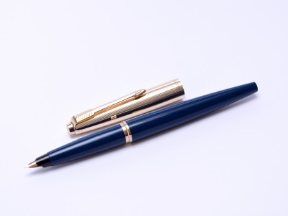 "Rare 1960s Made in England PARKER 45 ""Deluxe"" Dark Navy Blue & Rolled Gold 14K Gold F Semi Flex Nib Fountain Pen"