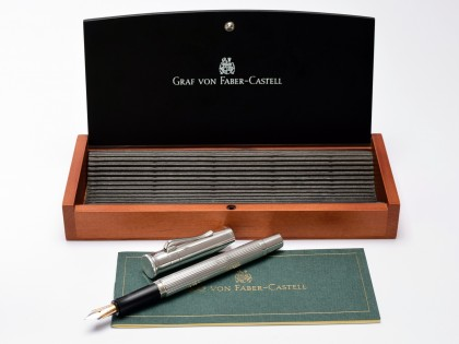 Stunning Oversize Graf von Faber-Castell Classic Collection Ribbed Platinum Plated and Barleycorn Section 18K Two Tone Semi Flex F Fine Nib Fountain Pen in Box