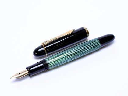 1956 Pelikan 140 Tortoise Green Gunther Wagner 14K Gold Flexible EF Nib Fountain Pen