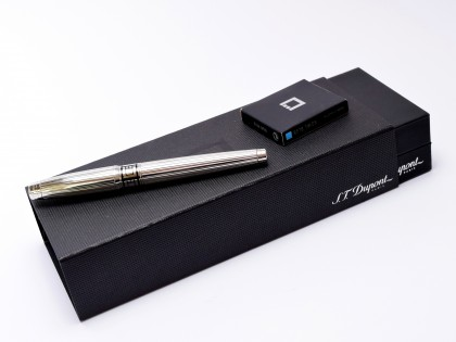 Interchangeable Ring S.T. Dupont D.Link (D-Link) Paris France Platinum Plated 18K Gold Nib Fountain Pen