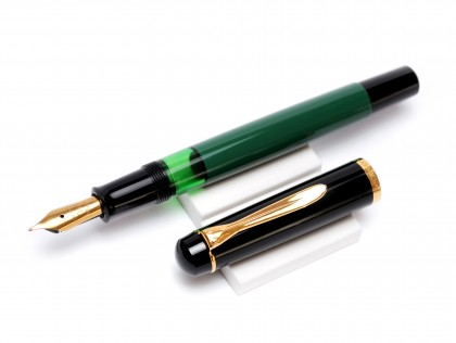 1980s Pelikan M150 Black-Green-Gold W.Germany F Fine Nib Piston Fountain Pen