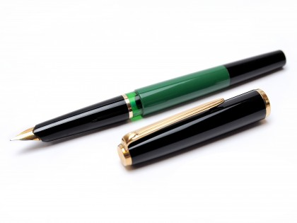 1970's Pelikan MK10 Airplane Safe Green EF Nib Fountain Pen