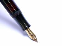 1930s Matador 992 EF Fullhalter Celluloid Made In Germany 14K EF Full Flex Nib Piston Fountain Pen