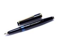 Vintage 1960s KAWECO V61 EF Masterpiece Black Resin 14K Fully Flexible EF Nib Fountain Pen