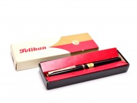 NEW NOS 1960 Pelikan MK30 30 M30 Type 1 Rolled Gold & Black Resin 14K F Fine Flexible Nib Piston Fountain Pen in Box
