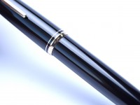 Large 1960s Black Resin MONTBLANC No.24 14K 585 Gold EF Nib Piston Fountain Pen