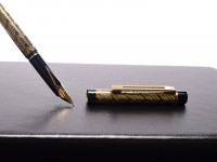 Sheaffer Targa 676s Slim 585 14K Gold M Medium Nib Guilloche Pattern Fountain Pen in Box