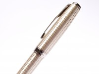 NOS 2011 Parker Sonnet 925 Sterling Silver Ciselé CT Crosshatch 18K 750 F Soft Nib Fountain Pen Made in France