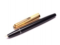 Vintage 1970s AURORA Italy 888P Black & Gold Plated 14K Gold F-M Nib Cartridge/Converter Fountain Pen