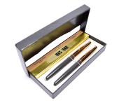 Hero 330 Arrow Aerometric Gray F Fine Hooded Nib Fountain & Ballpoint Pen Set in Box
