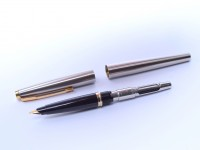 1970s Second Gen PARKER 45 UK Brushed Steel & Gold F Fine 14K Nib Fountain Pen with Converter