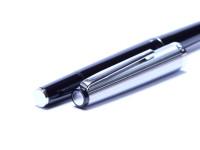 Sunning 1970s GEHA No.722 Chrome & Black Resin Flex 14K Gold OM Oblique Medium Nib Piston Fountain Pen