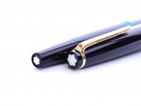 Rare 1960s MONTBLANC No.32 #32 32 Black Resin EF Extra Fine 14K 585 Semi Flexible Wing Nib Piston Fountain Pen