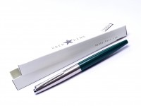 1960s Made in UK Parker 45 Student Dark Olive Green & Brushed Stainless Steel M Nib Cartridge Fountain Pen