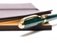 Sheaffer Prelude Leaf Green Lacquer Gold Plated Trim Twist Ballpoint Pen USA