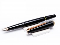 MONTBLANC Classic No. 221 Fountain Pen